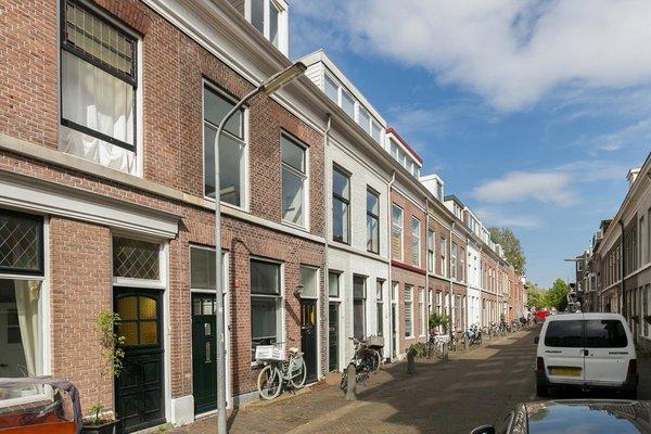 Korte Herenstraat 3 rood Haarlem